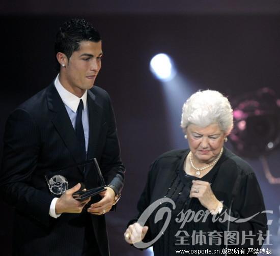中国 梅西/2009年12月22日,国际足联2009年度颁奖大典在苏黎世歌剧院...